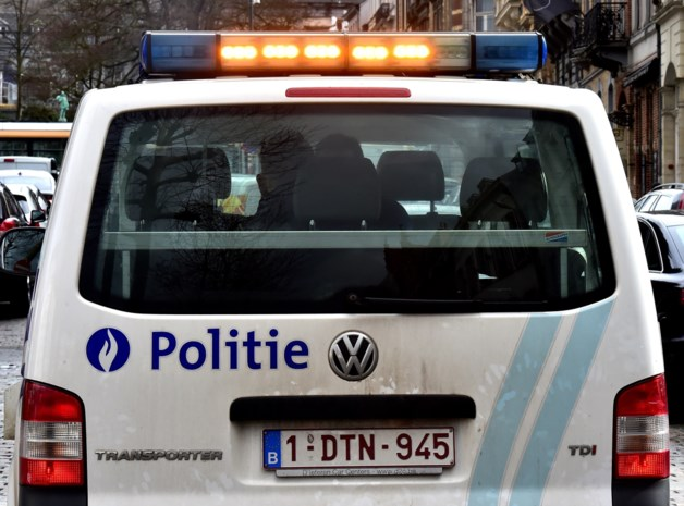 Dronken bestuurder gaat over de kop… maar was zijn rijbewijs al eerder kwijtgespeeld