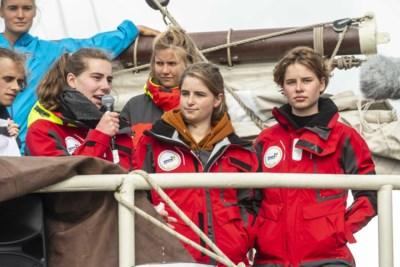 """Anuna De Wever keert na drie maanden terug … met een vrachtschip: """"Die schepen varen sowieso"""""""