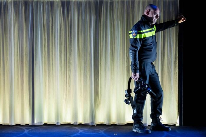 """Duizend Gentse flikken op 'bijscholing' naar het theater en dat is broodnodig: """"Op straat is het soms ongemeen hard"""""""