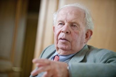 Onderzoek naar belangenvermenging Leopold Lippens: burgemeester van Knokke was aanwezig bij debatten over gronden van familie