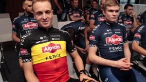 """Tim Merlier blijft twee jaar langer ploegmaat van Mathieu van der Poel: """"Een geruststelling"""""""