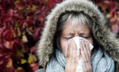 Daar zijn de verkoudheden, maar helpt hoestsiroop nu wel of niet? En hoe zit het met de alternatieven?