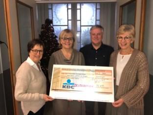Lokale N-VA schenkt cheque van 500 euro aan De Steijger