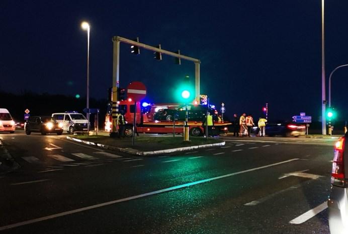 Zware verkeershinder op N80 na ongeval op kruispunt