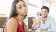 Man ontdekt échte reden waarom zijn date wil blijven afspreken - en neemt dan keihard wraak