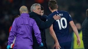 Drama voor Tottenham: topschutter Harry Kane is maanden buiten strijd