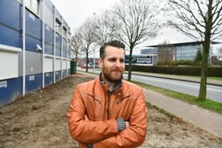 """250 leerlingen volgens les in containerklassen tegenover Bosuilstadion: """"Het is even wennen, maar we zitten hier goed"""""""