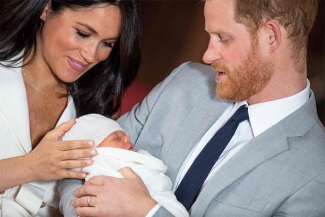 Meghan Markle is al naar Canada vertrokken, prins Harry blijft in Verenigd Koninkrijk om te onderhandelen over vertrek