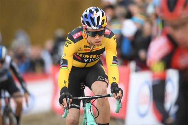 """Wout van Aert zal normaal wel deelnemen aan WK: """"Goesting is groot, maar pijn moet toch eens beteren"""""""