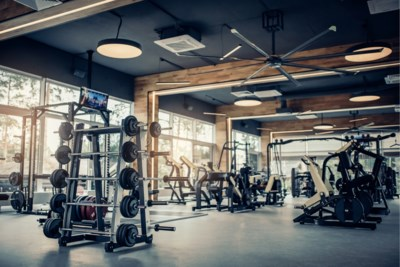 Hoe vaak moet ik naar de sportschool en waar haal ik het meest uit? Zo ga je met succes naar de fitness