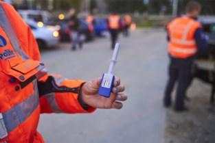 Vijftien dronken chauffeurs en 288 snelheidsduivels lopen tegen de lamp