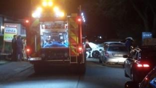 Bestuurder personenwagen zwaargewond na ongeval met tractor