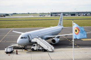 Eén klager kan grootste vliegtuighangar van het land niet tegenhouden