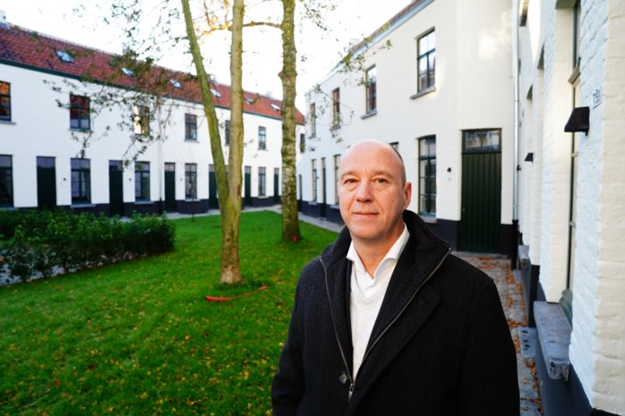 """Giovani (48) restaureert oude stadskanker tot chique woonplek: """"Ik koop en verhuur graag gebouwen met een ziel"""""""