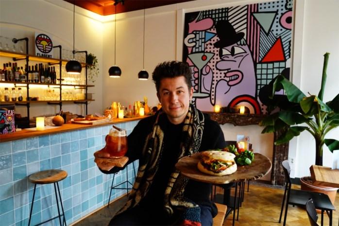 """Vergeet de hamburger, nieuwe bar serveert 'flaguette': """"Lekker met cocktail erbij"""""""