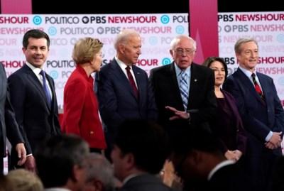 Einde aan de afgesproken vrede: het zit er bovenarms op tussen Democratische presidentskandidaten, en dat stemt Trump tevreden
