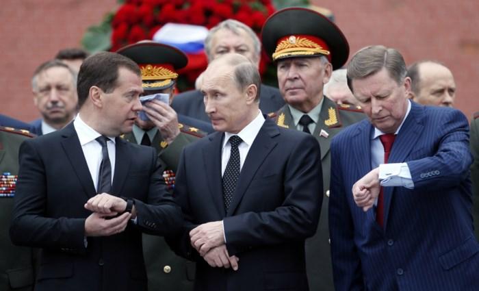 Hoe president Poetin door ontslag van de regering zijn eigen toekomst veiligstelt en vermijdt dat er een nieuwe Poetin opstaat