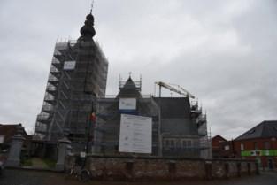 'Beste bewaarde middeleeuws kerkje van Vlaanderen' staat in de steigers