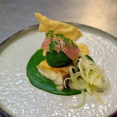 Hap en Tap. Kabeljauw in 't groen, spinazieflan, gerookte paling