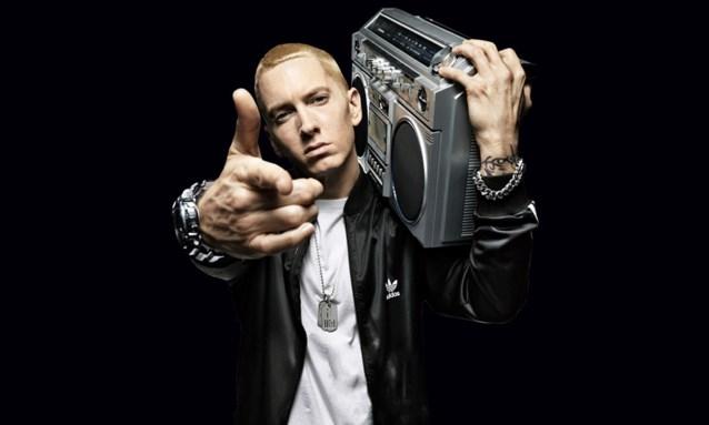 Eminem verrast met onaangekondigde nieuwe plaat en bijzonder aangrijpende clip over dodelijke aanslag in VS