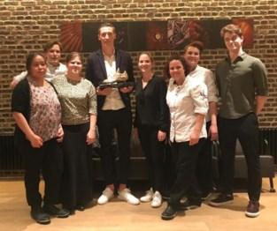 """Hans Vanaken viert Gouden Schoen opnieuw in hetzelfde restaurant: """"Laat ons hopen dat we er een traditie van kunnen maken"""""""