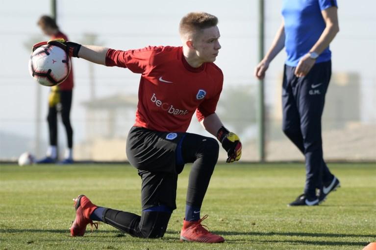 Keepersprobleem voor KRC Genk: ook eerste doelman Maarten Vandevoordt maandenlang out