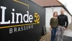 """Gert en Elke vormen vierkantshoeve om tot brasserie: """"We voelen ons hier als god in Frankrijk, maar dan in België"""""""
