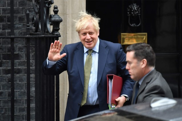 Boris Johnson plant groot Brexit-feest met aftelklok, lichtshow en speciale munt