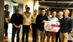 Truckfun en De Quiz Der Gekroonde Tafelen schonken nieuwjaarscadeau aan Veilige Thuis