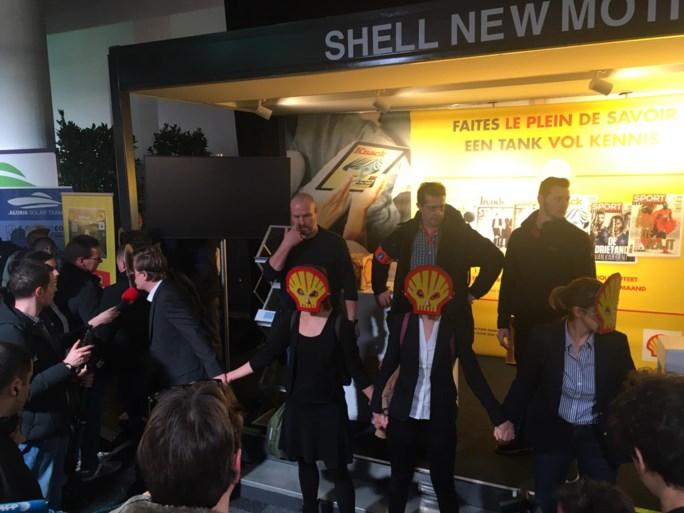 187 actievoerders Extinction Rebellion opgepakt op Autosalon