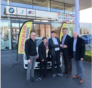 Carolus Reizen schenkt luxewagen weg