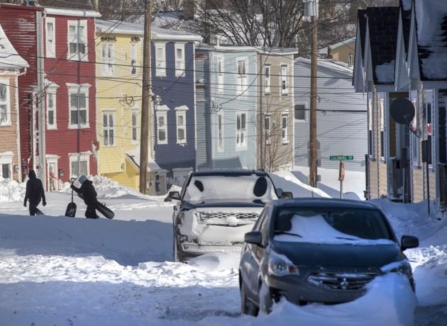 Oostkust van Canada getroffen door zware sneeuwstorm