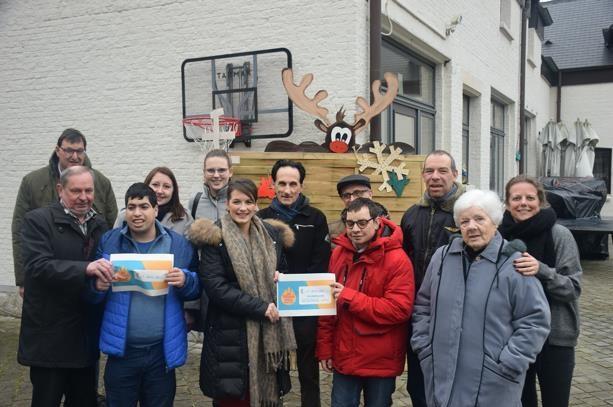 Jong VLD schenkt 1.300 euro aan Levedale