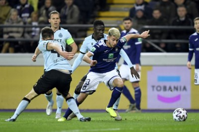 De nederlaag van de hoop: Anderlecht verder verwijderd van Play-off 1, maar prestatie tegen Club geeft RSCA moed