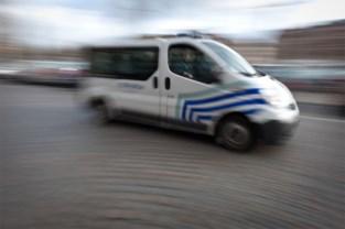 Bromfietser gewond na aanrijding op Nerviërsstraat