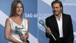 Brad Pitt kijkt wel heel erg verliefd naar Jennifer Aniston tijdens SAG Awards