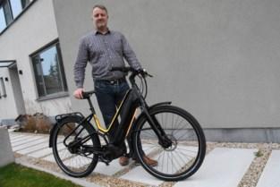 Met deze fiets rijdt u echt in de kijker, maar dan wel op een hoogst veilige manier