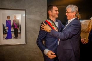Joris Gaens (Voerbelangen) legt eed af als burgemeester van Voeren
