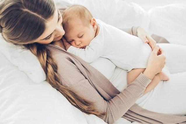 Moeders komen 8,8 kilogram bij na zwangerschap