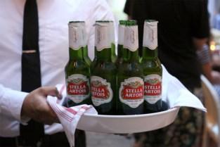 Waarom we voortaan Stella Artois uit een groen flesje drinken