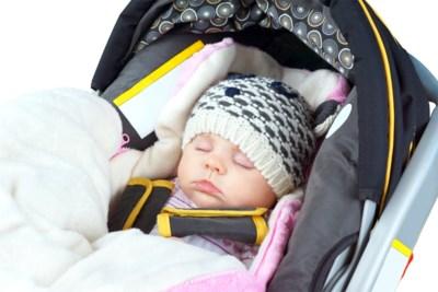 """""""Mijn dochter wil geen muts opzetten"""": onze opvoedingsexperte Eva zegt wat je kan doen"""