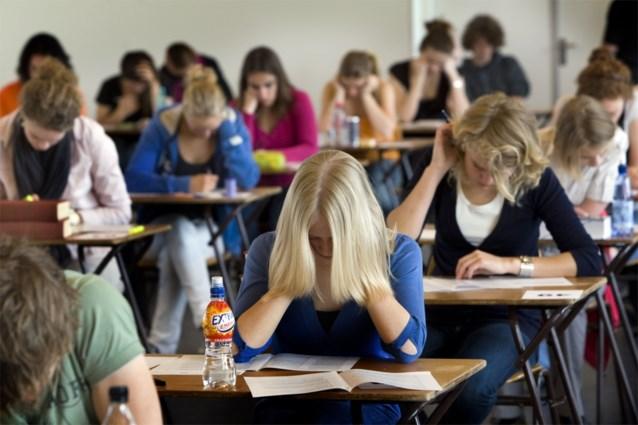 Minstens acht studenten bestolen tijdens examen aan UGent