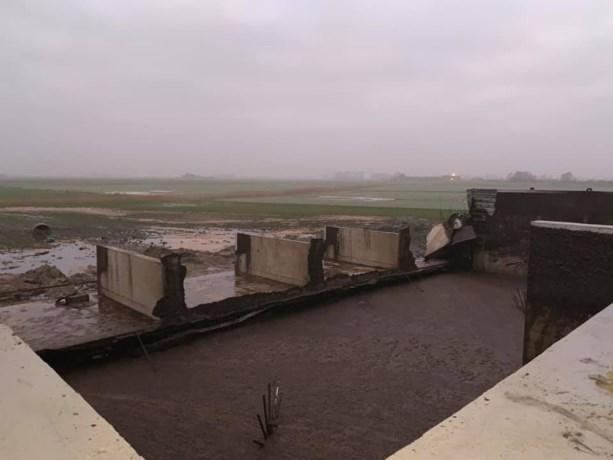 Hallucinant: 1,8 miljoen liter mest stroomt weg nadat betonnen muur breekt in Diksmuide