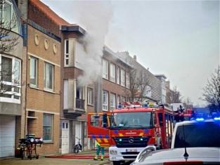 61- jarige man overlijdt bij zware woningbrand