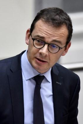 """Rusthuisdossier Het Nieuwsblad beroert parlement: """"Je valt achterover van mensonterende toestanden"""""""