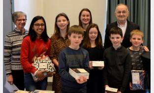 Halder en Mila winnen Junior Journalist Wedstrijd