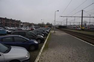 Parking aan station eind dit jaar betalend