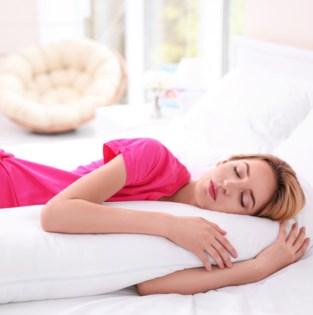 Op je buik, zij of rug: wat is de beste slaaphouding?