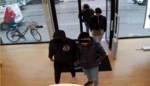 Apple-dieven gooien tijdens achtervolging MacBooks uit auto