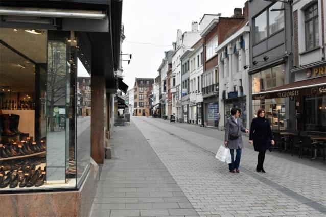 """Kortrijk in de ban van 'winkelkakker': """"We hebben een vermoeden wie het is, maar zwijgen liever"""""""